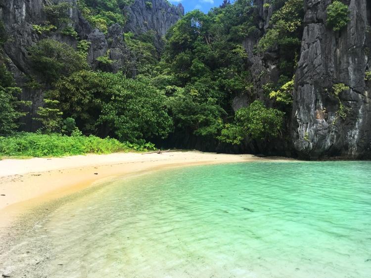 Hidden-Beach-El-Nido-Palawan