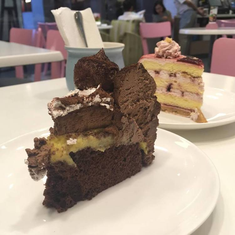 Tokyo-Bubble-Tea-Chocolate-Cake